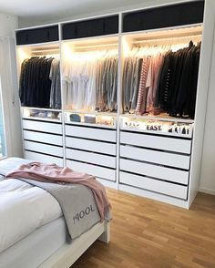 wardrobe Interior Design When most people move into a new home, there is some changes that they want Bedroom Closet Design, Girl Bedroom Designs, Room Ideas Bedroom, Home Decor Bedroom, Closet Ideas For Small Spaces Bedroom, Wardrobe Room, Cute Room Decor, Dream Rooms, Modern Interior Design