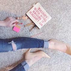 Sunday basics with my Just Fab nude pumps and express skinny jeans   London fashion blogger Lattes & Lipstick