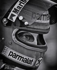"""Tenacity"" © Richard Kelley – Niki Lauda in Watkins Glen, 1978 – Motorsport & F… Racing Helmets, F1 Racing, Drag Racing, Racing Wheel, Classic Trucks, Classic Cars, Grand Prix, F1 Wallpaper Hd, Ferrari"