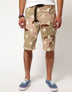 reputable site db799 37bb7 Mark McNairy Expo Daisy Shorts Daisy Shorts, Latest Outfits, Latest Fashion  Clothes, Printed