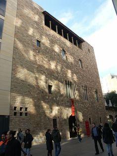 Reial Cercle Artístic, Barcelona http://www.reialcercleartistic.cat/w/