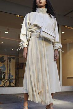 Wunderkind Spring 2019 Ready-to-Wear-Kollektion – Vogue - Fashion Details. Fashion Details, Look Fashion, Runway Fashion, Trendy Fashion, Spring Fashion, Womens Fashion, Fashion Design, Cheap Fashion, Fashion 2018