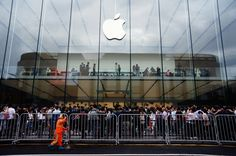 The iPhone X Is the Beginning of the End for Apple http://fortune.com/2017/11/02/apple-iphone-x-ai-google-amazon/?utm_content=buffer1e0e4&utm_medium=social&utm_source=pinterest.com&utm_campaign=buffer