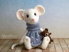 Crochet pattern Little Mouse Milla