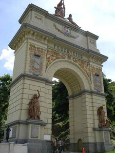 Arco de la Federación: