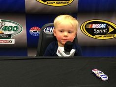 .@KeelanHarvick is a natural w/ the #NASCAR #QS400 media! Thanks @Mother_Function, @DeLanaHarvick, @KevinHarvick pic.twitter.com/SnkdW7wufQ