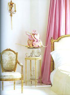 NU Vignette   Carolyn Quartermaine  Gold words painted on chair
