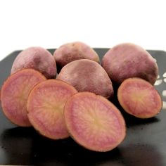 Mountain Rose Potato.The red potato just got better. Mountain Rose potato is a gem of a spud. Just beautiful, rosy-skin with rose-red flesh to match. A recent development from University of Colorado, Mountain Rose's parentage includes the popular All Red potato. Bred for disease resistance, high yield, cold tolerance and taste this colorful potato has it all. Classified as an early season potato with a 70-90 day maturity time.