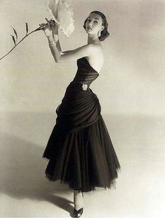 Evelyn Tripp, photo by Horst P. Horst