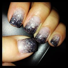 HOMECOMING nails but with navy blue instead of black to match my dress :)