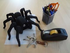 3ders.org - Awesome and creepy 3D printed robotic spider featured on 'Inside Adam Savage's Cave' | 3D Printer News & 3D Printing News
