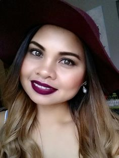 I so love this color..love mac lipstick