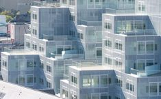 Real Takes on Real(ly Successful) Housing Experiments,<a href='http://www.archdaily.com/778654/timmerhuis-oma'>Timmerhuis / OMA</a>. Image © Ossip van Duivenbode