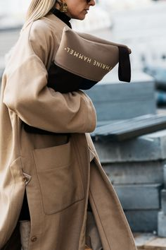 Die coolsten Looks der skandinavischen Fashion Weeks Street Style Blog, Autumn Street Style, Street Style Women, Fashion Moda, New Fashion, Winter Fashion, Fashion Trends, Fashion Women, Fashion Weeks