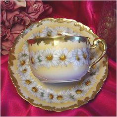 T V LIMOGES YELLOW WHITE HAND PAINTED DAISIES THICK GOLD MINT CUP SAUCER