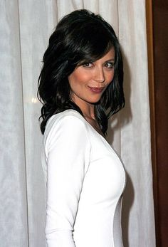 """Catherine Bell during """"JAG"""" Celebrates Episode at The Mondrian/Asia de Cuba in Los Angeles, California, United States. Get premium, high resolution news photos at Getty Images Katherine Bell, Brunette Actresses, Thing 1, Beautiful Celebrities, Dark Hair, Pretty Woman, Portrait, Hollywood, Celebs"""