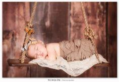 Newborn Magazine | Newborn Photography