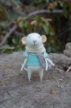 Little Traveler Mouse- Christmas-Winter Seasonal Ornament- Felting Dreams - READY TO SHIP