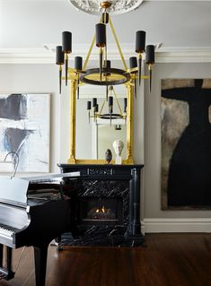 A classic, sophisticated beauty by New York based architect and interior designer Jennifer Vaug...
