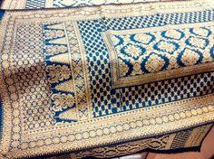 songket palembang motif lepus biru gold Hub Yopi, call sms whatsapp 081286427394 bbm 2B133D71  - Harga songket Palembang Rp 1,7 juta  - kode  songket Palembang 2603ud4 - sudah termasuk selendang - gratis ongkos kirim * - benang kristal emas dengan kilau yang indah - benang sutera alam pada dasar kain