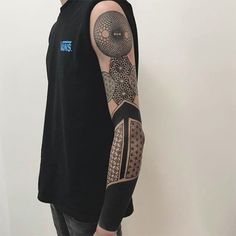 25 Coolest Sleeve Tattoos for Men in 2020 - The Trend Spotter Family Sleeve Tattoo, Black Sleeve Tattoo, Skull Sleeve Tattoos, Best Sleeve Tattoos, Arm Tattoos Black, Henna Style Tattoos, Small Tattoos, Tatoos, Crucifix Tattoo