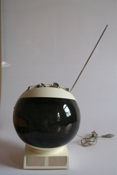 Retro Tv set by Nivico- looks like a space helmet...