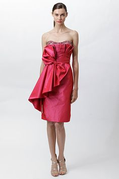bow. Badgley Mischka