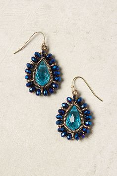 This is very odd...I normally don't like dangle earrings all that much, but at Anthropologie, I like many of them! Clear Sea Earrings #anthropologie