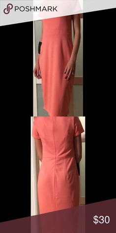Peach Midi Dress Short sleeve midi dress. Very light. 77% polyester, 20% rayon, 3% spandex. I ordered on a final sale and was too large. Still has tags on it. The Limited Dresses Midi
