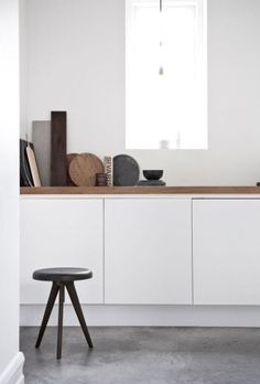 Flip Around table by Norm Architects-A stool and tray table in one. It has a timeless design and it is multi-functional Interior Desing, Interior Inspiration, Interior Decorating, Garden Inspiration, Interior Ideas, Grey Kitchens, Home Kitchens, Classic Kitchen, Kitchen White