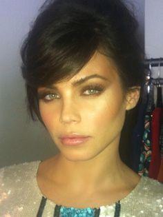 GORGEOUS makeup on Jenna Dewan Tatum!
