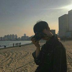Korean Boys Ulzzang, Cute Korean Boys, Ulzzang Couple, Ulzzang Boy, Asian Boys, Korea Boy, Korean Couple, Aesthetic Boy, Foto Pose