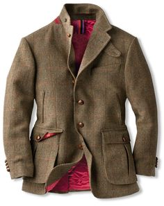 Britisches Outdoor - Sakko aus 'John Hanly' - Tweed bestellen - THE BRITISH SHOP - englische Herrenkleidung online günstig kaufen. Mens Fashion Suits, Mens Suits, Older Mens Fashion, Norfolk Jacket, Tweed Suits, Tweed Men, Style Masculin, Safari Jacket, Hunting Jackets