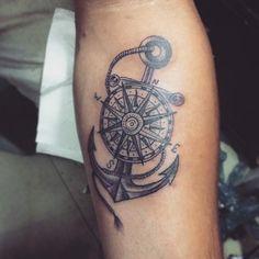 tatuaggi-ancora-idea-bussola-interno