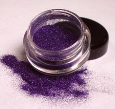 Wicked Scepter: A deep purple glitter eyeshadow from Sweet Libertine Mineral Cosmetics. Let you evil queen reign for the day. Purple Day, Dusty Purple, Periwinkle Blue, Purple Glitter, Shades Of Purple, Deep Purple, Mauve, Purple Pages, Mineral Cosmetics