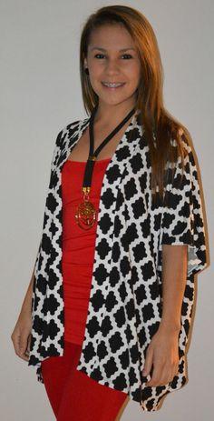 Michi presenta Outfits complementados con bisutería diseño de Laura Badilla,  hechos con materiales importados de Europa,  ahora disponibles en Michi y realizamos envíos a todo el país.   Info 24380084 y 8328-6629