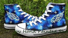 Galaxy Glow in the dark Custom Design Shoes High Quality Hand Pa Custom Design Shoes, Custom Shoes, Grunge Outfits, Grunge Fashion, Galaxy Converse, Converse Style, Painted Shoes, Platform Boots, Lace Up Boots