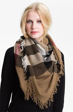 Burberry Check Merino wool scarf is a classic piece that you will forever have in your wardrobe!