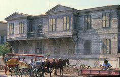 Heybeliada 1980 - İliasko' nun ahşap ikiz konakları