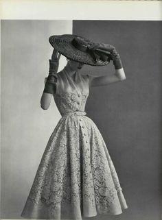 Prim and proper and sooo lady-like! Pierre Balmain (1950s)