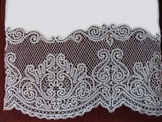 Вологодское кружево Восточная фантазия Point Lace, Bobbin Lace, String Art, Lace Shorts, Diy And Crafts, Traditional, Embroidery, Crochet, Color