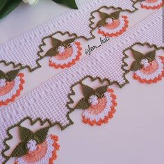 No photo description. - Jewelry World Zig Zag Crochet, Filet Crochet, Crochet Doilies, Crochet Lace, Tatting, Flower Tutorial, Baby Knitting Patterns, Needlework, Diy And Crafts