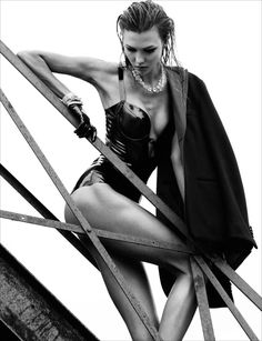Karlie: The Star – Karlie Kloss shows off her dominate side in sultry looks of latex and leather for the October issue of Numéro. Captured by Greg Kadel, Karlie hits the city rooftops in peplum skirts, fur coats and sparkling gems styled by Elizabeth Sulcer. Wet tresses by hair stylist Dennis Devoy and luminous skin by makeup artist Lisa Houghton complete the sexy ensembles. #upher #fb