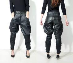 Pantalon de moto AKITO vintage en cuir noir taille 42 par JustGiza