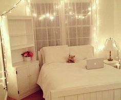love the white bed room!