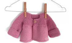 Bütün Örülen Bebek Ceketi Nasıl Örülür Anlatımlı – elisiorgudukkani.com Baby Knitting Patterns, Bucket Bag, Tote Bag, Clothes, Fashion, Outfits, Moda, Clothing, Fashion Styles