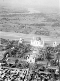 The dome of the Taj Mahal was covered in 1942 as there was a possiblity of an air attack by German and Japanese Air Force