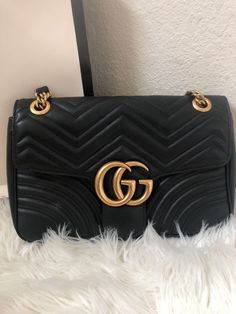 AUTHENTIC GG GUCCI Marmont Chevron Quilted Leather Black Bag