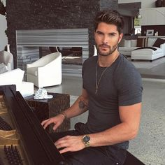 """1,733 Likes, 10 Comments - Nick  Bateman (@nick__bateman__lovefc) on Instagram: """"Happy Friday  everyone from @nick__bateman ✨❤️ #happy #friday #goodmorning #morning #nickbateman…"""""""