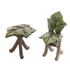 Our whimsical fairy garden furniture set is composed of a leaf table and chair that are full of woodland charm.